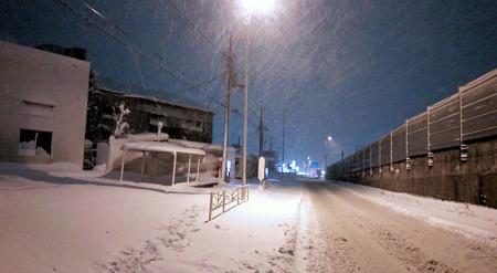 雨や雪の中でも撮影できる
